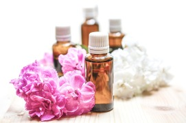 essential-oils-1851027_1920